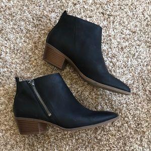 Sam Edelman black ankle boots 7